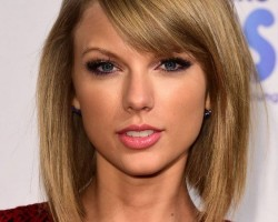 Taylor Swift apologises to Nicki Minaj