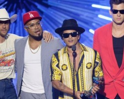 Uptown Funk is UK's biggest selling song of 2015