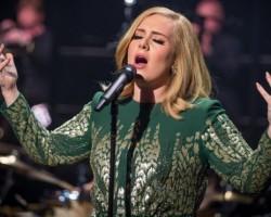 Adele 'biggest global artist' of 2015